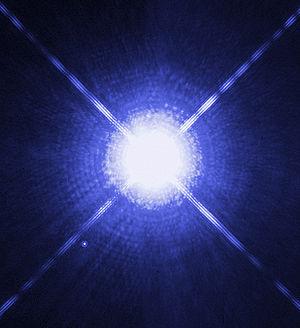 Foto Sirius A y B desde el telescopio Hubble